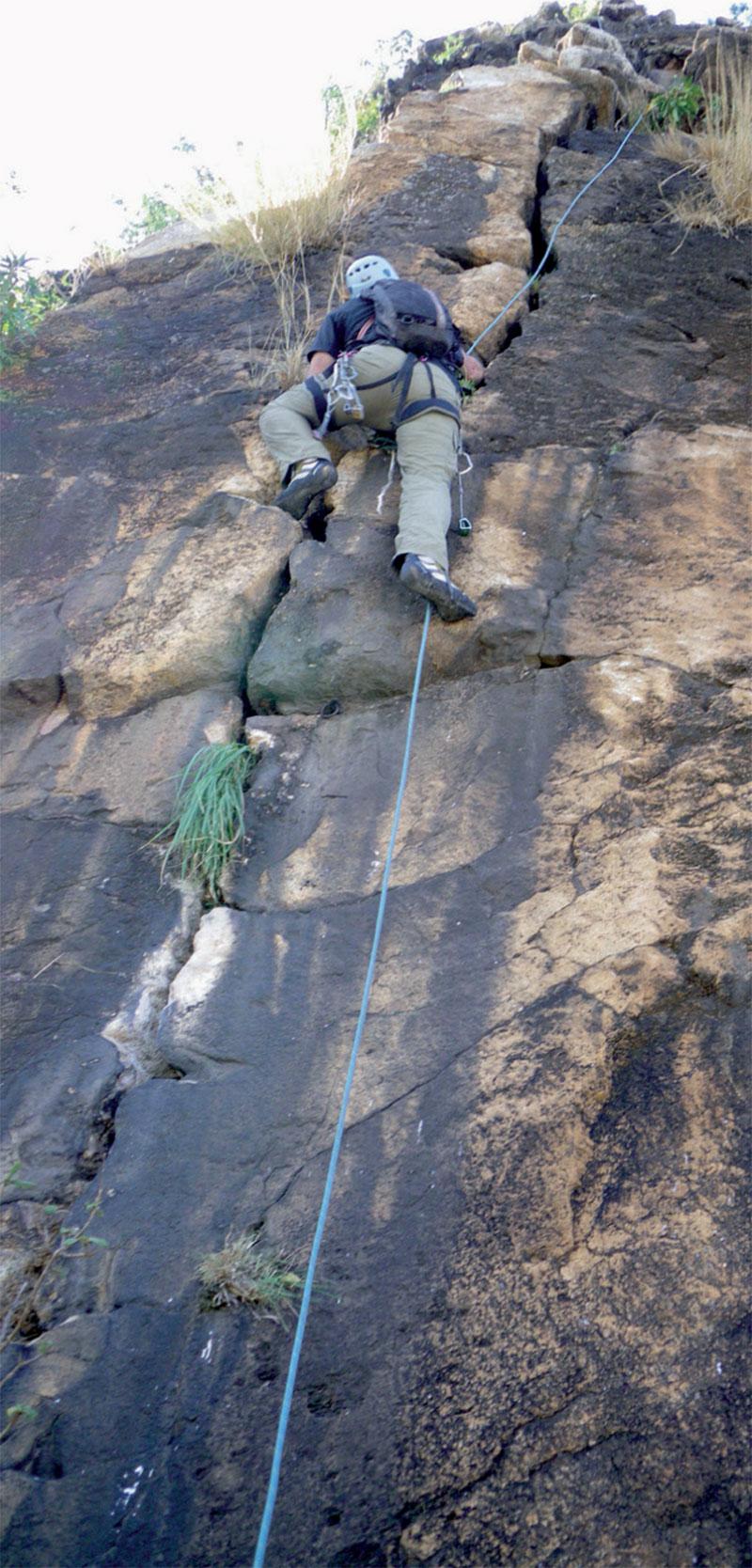kara-tunga-abim-Rock-Climbing-Uganda-Granite-Ruoth-Amyel-4
