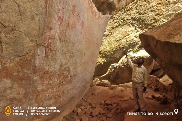 kara-tunga-karamoja-tours-nyero-rock-paint-uganda-2