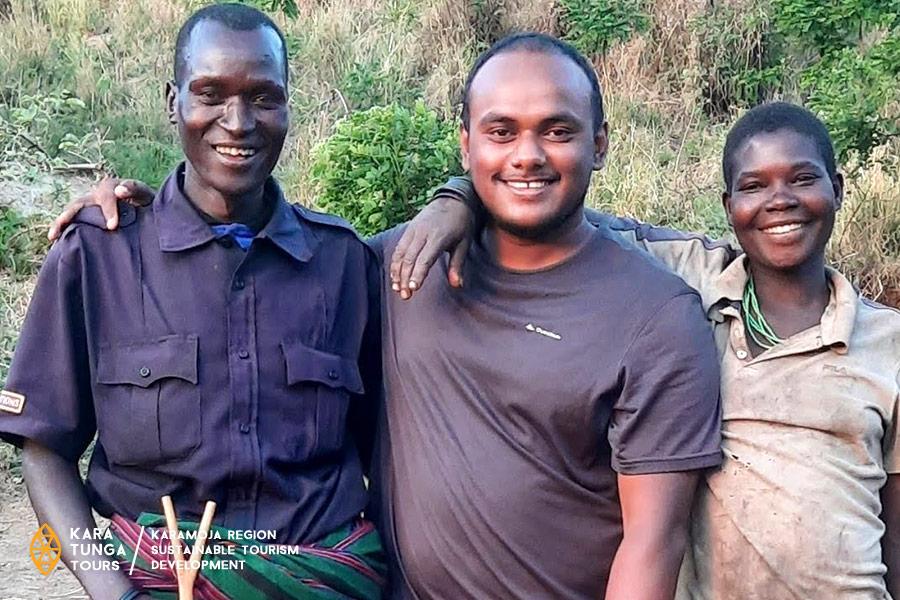 indian-vlogger-tamil-trekker-in-northeatern-uganda-karamoja
